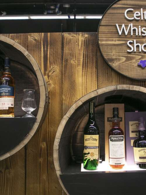 Celtic Whiskey Shop Stand 2